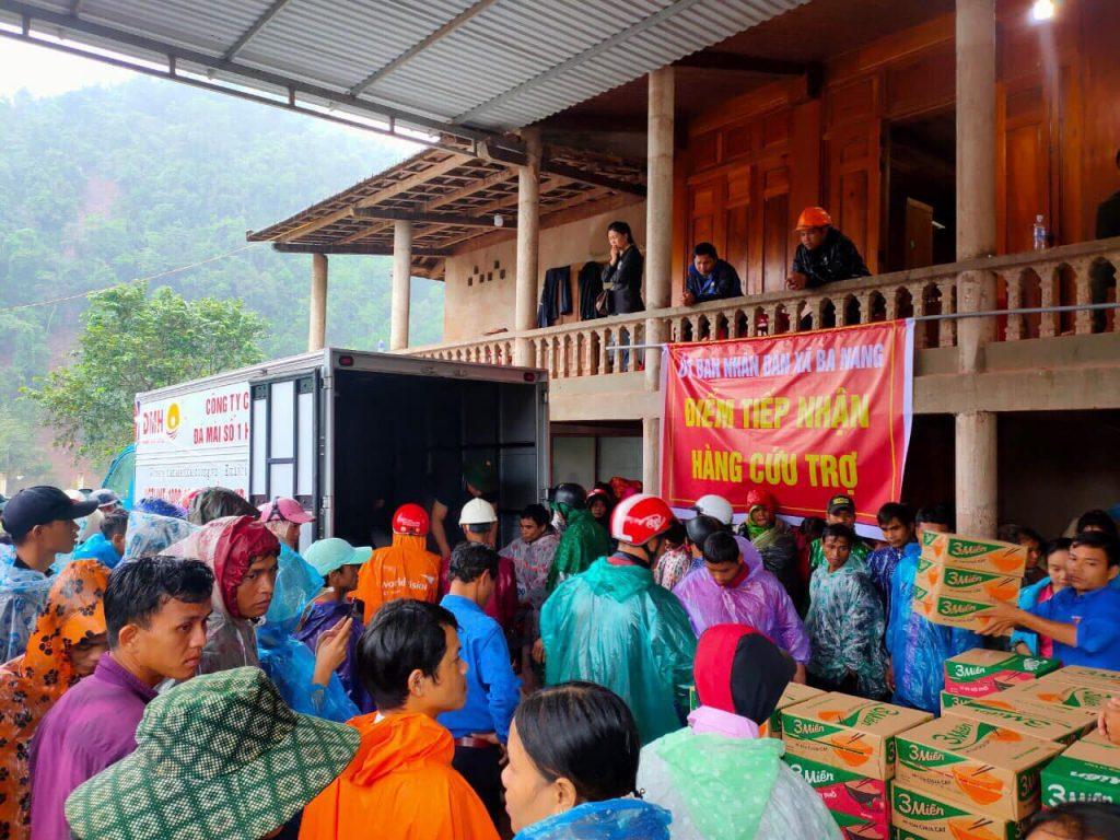 Đoàn xe của 𝐃𝐌𝐇 đã có mặt ở xã Ba Nang, huyện Dakrong, Quảng Trị